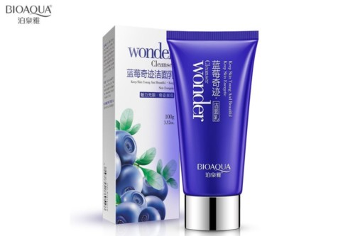 BioAqua blueberry essence whitening face cleanser